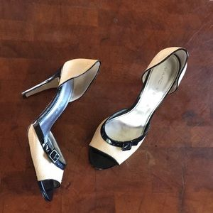 Marc Fisher tweed and buckle pumps. Sz 8.5